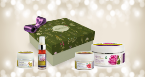 Quality Face and Body Flowers and Fruits Gratis: Spedizione e confezione regalo